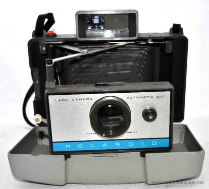 Polaroid Land Automática 210